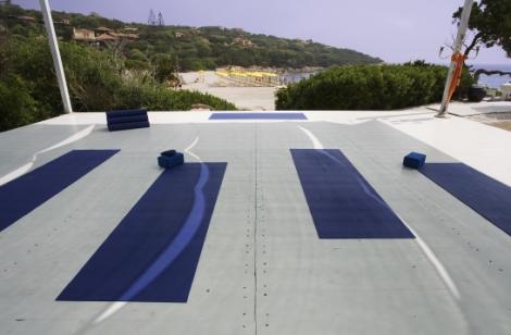 Sardinia-yoga-virtual-tour-HiRes_SY624_MG_7853_h6fhb7[1]